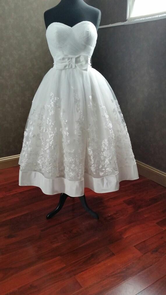 Tea length wedding dress sweetheart neckline strapless custom for Sweetheart neckline tea length wedding dress