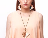 FELISBERTO leather pendant necklace with hand painted detail