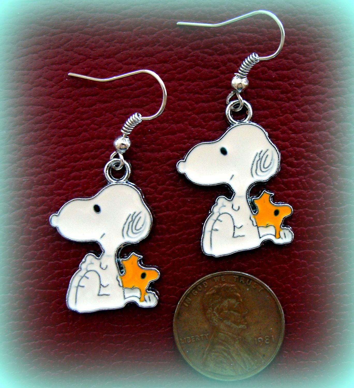 snoopy peanut s earrings jewelry snoopy by