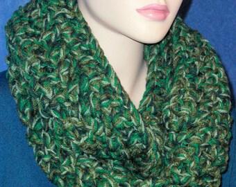 Green Crochet Infinity Scarf, Crochet Infinity Scarf, Olive Green Infinity Scarf, Kelly Green Infinity Scarf, Chunky Green Infinity Scarf