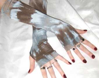 Brown Tie Dyed Arm Warmers Gray Fingerless Gloves Armwarmers Arm Warmer - Wenge - goth boho dye hippy hippie belly dance bohemian emo gothic