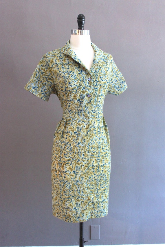 Vintage 50s Mid Century Cotton Shirt Dress / Knee Length High Waist Wiggle Sheath / French Floral Yellow Gold Blue / 42'' Bust Size Medium