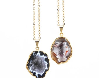Geode Necklace, Agate Geode Necklace, Geode Cave Pendant, Druzy Geode Necklace