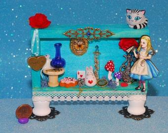 miniature Alice in Wonderland display shrine shadow box diorama