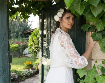 Plus size bridal shawl, XL wedding shawl, brides shawl and wrap, spring bride shawl, white lace shawl, shawls and wraps, shawl for bride