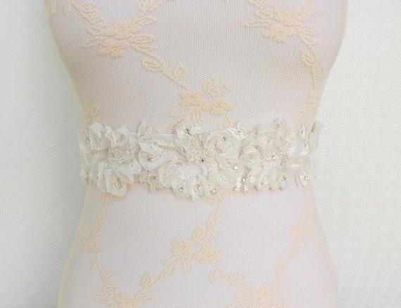 Ivory Elastic Waist Belt. Floral lace belt. Lace flowers decorated with Swarovski crystals. Bridal dress belt. Wide belt.
