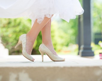 SALE.Gold Heels,Gold Shoes,Wedding Shoes,Bridal,Gold Bridal Heels,Wedding Pumps,Lace Heels,Low Heels,Gift,Gold Sparkle Pumps with Ivory Lace