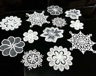 12 White Vintage Lace Stick, Sew on Fabric Flower Motifs, Craft, Sewing, Patches