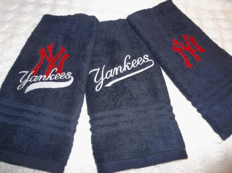 3 yankees ny yankees bath hand guest towels ny yankees for Yankees bathroom decor