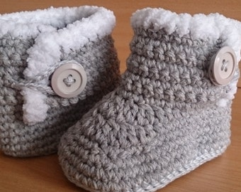 Baby Boots, Crochet Baby Boots, UGG Style Baby Boots 3-6 months