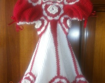 dress girl crocheting