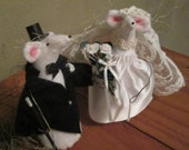 Bride and Groom Wedding Mice/Handmade Bridal Decoration