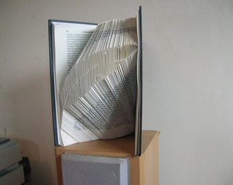 Book Folding Feather Pattern