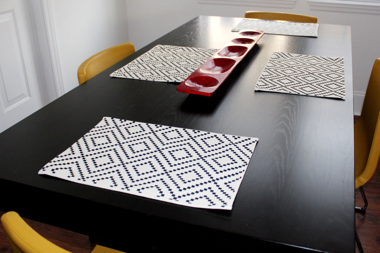 100 recycled table mat set x 4 tribal design for Table mats design your own