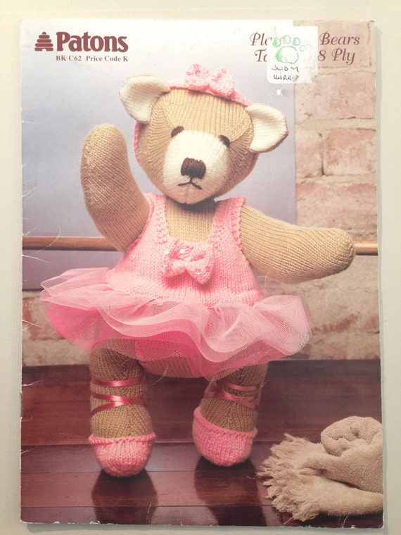 Knitted Teddy Bear Pattern Books : Patons Patons C62 Knitting & Crochet patterns book Teddy Bears