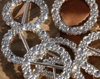 New Ribbon Buckle Round Silver 2.25in, Bridal Bouquet Bling