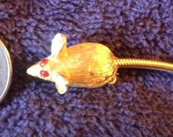 Vintage Gold Tone Textured Figural Mouse Brooch Pin with Red Rhinestone Eyes