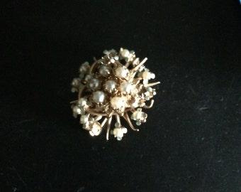 PEARL BROOCH or PIN