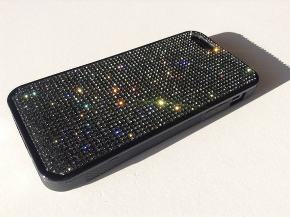 iPhone 5/5s/5se Back Diamond Crystals on Black Rubber Case. Velvet/Silk Pouch Bag Included, Genuine Rangsee Crystal Cases.