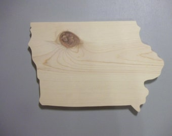 Handmade Iowa 12-inch Wood Wall Hanging