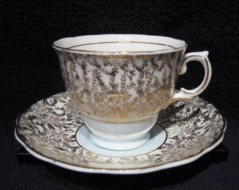 COLCLOUGH CHINA TEACUP & Saucer - Pattern #6605 Pastel Blue/Green, Gold Accents, c.1940's