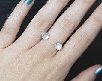 Moonstone Open Ring, Moonstone Thumb Ring, Sterling Silver Moonstone Ring, Silver Moonstone Ring, Moonstone Ring, Multifinger Ring