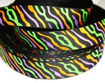 7/8 inch Halloween Glitter Zebra on Black - Printed Grosgrain Ribbon