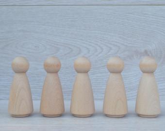 5 x Adult Female Wooden Peg Dolls. 9cm Tall