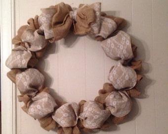 Neutral Burlap Wreath / home decor
