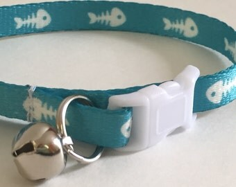 Breakaway Cat Collar with Bell - Fish Skeleton Cat Collar - Cute Blue and White Cat Collar - Boy Cat Collar - Girl Cat Collar -Kitten Collar
