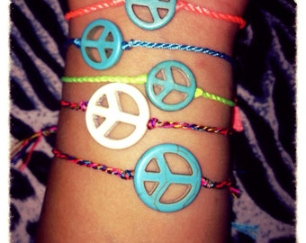 Friendship string bracelets with symbols