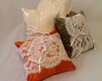 Vintage Lace Ring Cushions