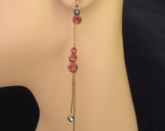 Vintage Rhinestone Front Back Dangle Pearced Earrings. Item:E818468