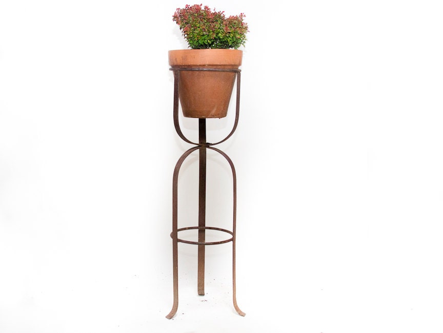 wrought iron plant stand antique planter rustic garden plater. Black Bedroom Furniture Sets. Home Design Ideas