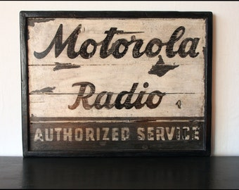 Motorola Radio - Vintage Wooden Sign / poster Vintage wood