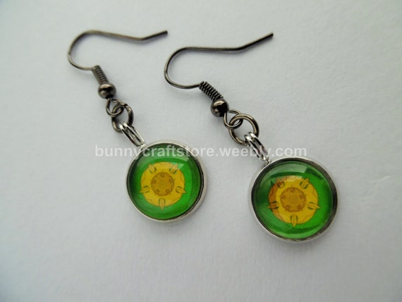 https://www.etsy.com/uk/listing/233017543/cabochon-earrings-game-of-thrones-house?ref=shop_home_active_3