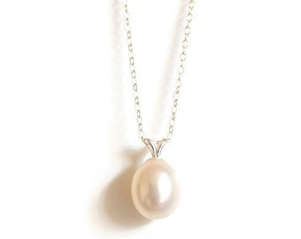 Pearl drop and sterling silver necklace