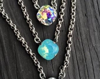 Swarvoski single pendant necklace