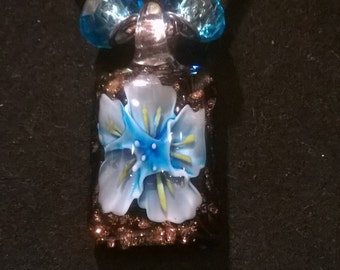 Glass Blue Flower necklace 18""