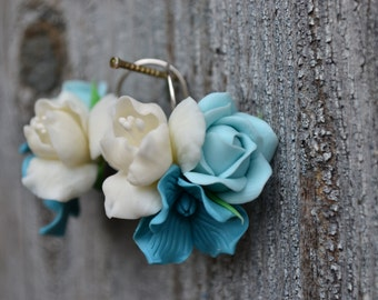 Mint white flower floral earrings. Mint rose earrings. Wedding earrings. Tunquoise earrings. Polymer clay flowers earrings. Christmas gift