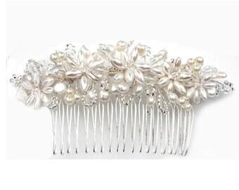 Peal Haircomb,Wedding Headdresses,Bridal Hair Ornament,Wedding Jewellery,Bridal Haircomb.