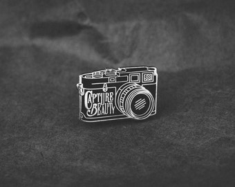 Capture Beauty Lapel Pin