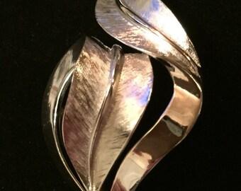 Crown Trifari silver tone brooch