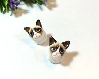 Grumpy Cat Earrings, Stud Earrings, polymer clay, hand sculpted, hand painted with Acrylic colors.