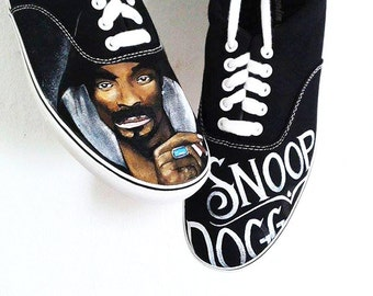 Snoop Dogg. Customized hand painted sneakers.