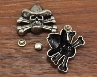 Pirate Skull Crossbone Spike Rivet Stud Spots,Antique Silver Pirate Skull Studs Leathercraft 3x2.5cm 6x3.5mm