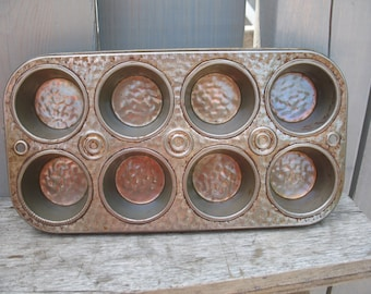 Vintage 1950's cake or muffin Pan