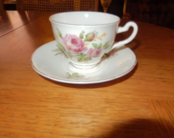 ENGLAND CROWNFORD TEACUP and Saucer