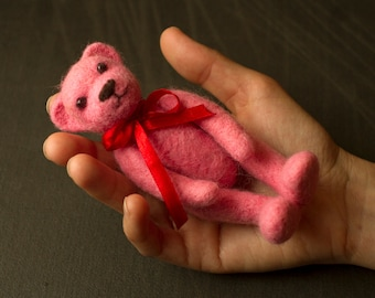 Pink bear, Needle felted bear,teddy bear,woolen toy, felted toy, felted animal, woolen bear,felt miniature, soft figurine