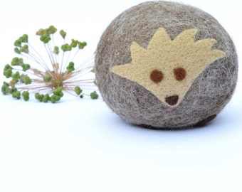 Felted Hedgehog - filled with cinnamon and cloves.  Aromatic Animals
